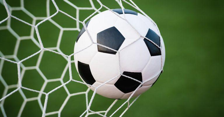 Helmond / Venlo verliest finale NK veldvoetbal 2017 door strafschoppen